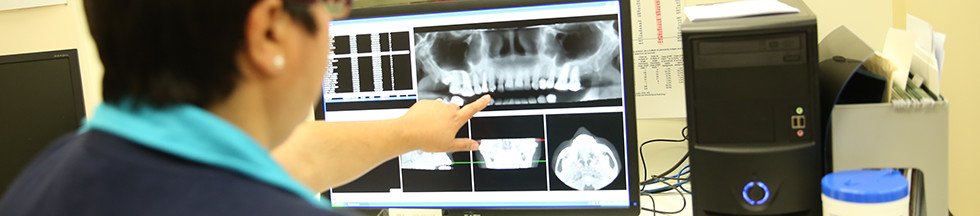 Medical review of teeth x-ray